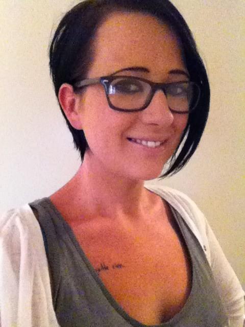 Селфи татуированной, беременной мамы